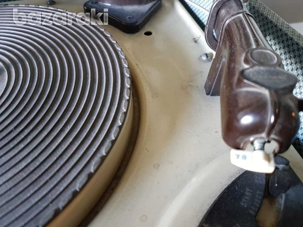 Multiple record pick-up-turntable of antique 45 33 78 rpm-3