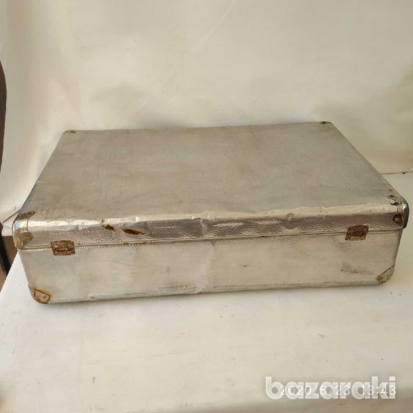Suit case antique metal with lock and key-3