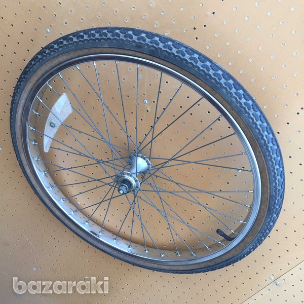 Raleigh front wheel and tyre-4