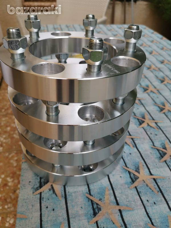 Brand new spacers for land rovers and other 4x4s defender series-3