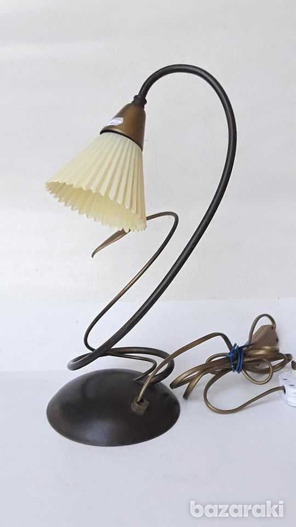 1960s vintage art deco beautiful table / office lamp, working. for dec-1