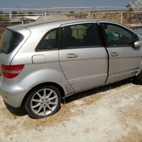 Mercedes b150 for parts