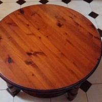 Solid wooden pine rosedale round coffee table