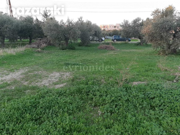 Residential land in ypsonas area-9
