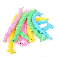 Worm noodle stretch strings