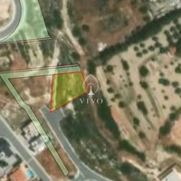 Residential plot of 723 sqm in agios athanasios