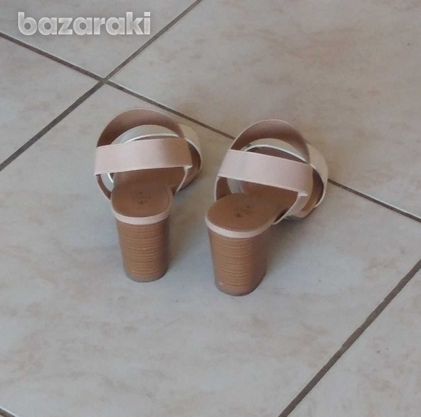 Call it spring shoes with box-3