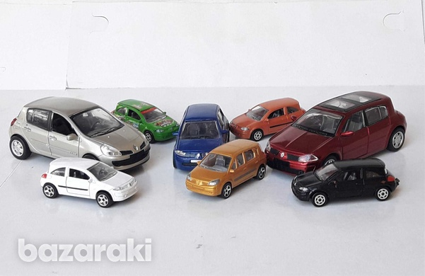Collection of 8pcs renault diecast model cars in different scales-1