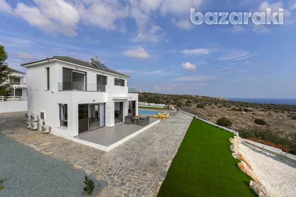 Stunning 3 bedroom villa with unobstructed sea views and title deeds-3