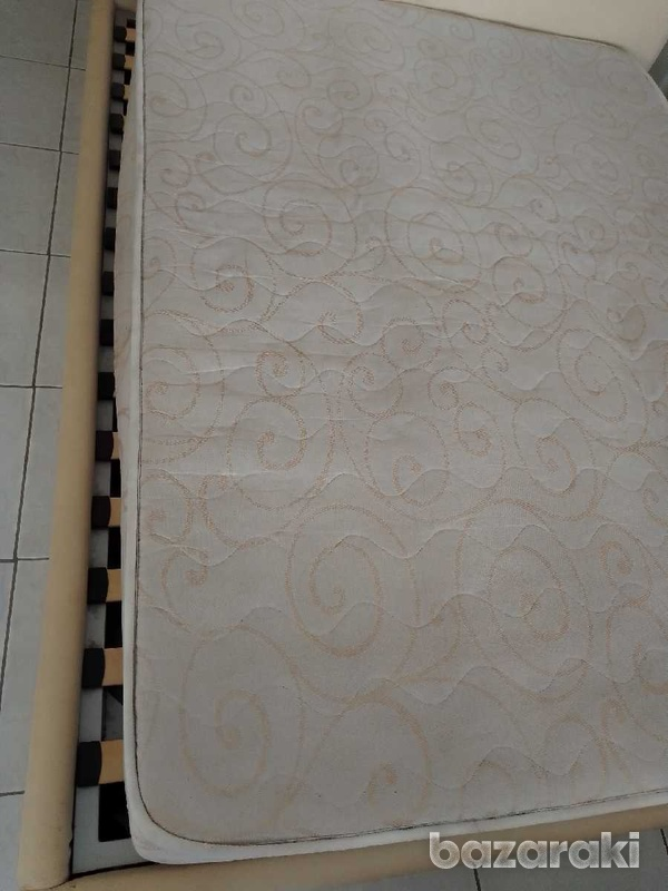 Mattress 150x200x21 in excellent condition like brand new.-1