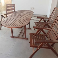 Garden table - 6 chairs real wood acacia almost new