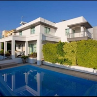 Modern 3 bedroom house in episkopi