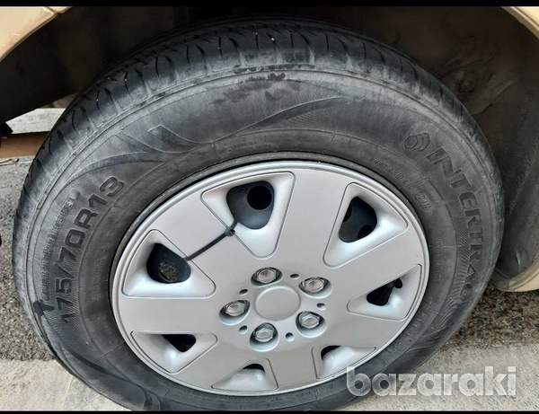 Tyres for toyota yaris-1