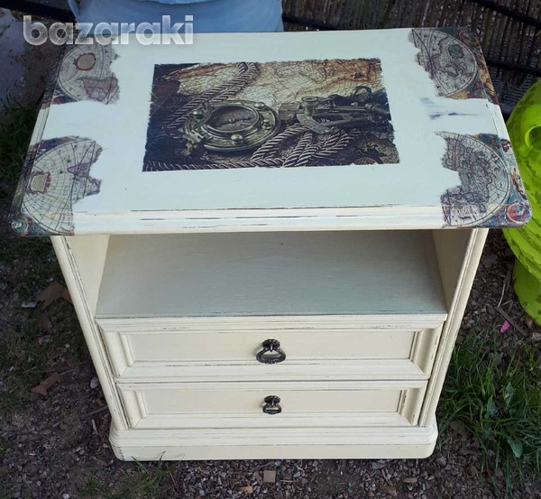 Additional table with drawers.-3