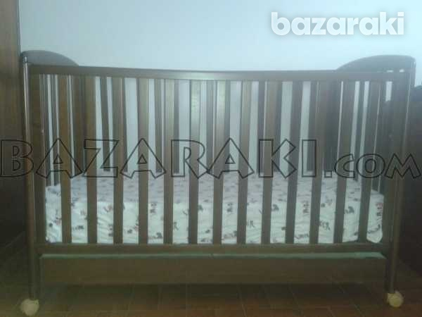 Wooden baby bed with mattress and bed bumper-1