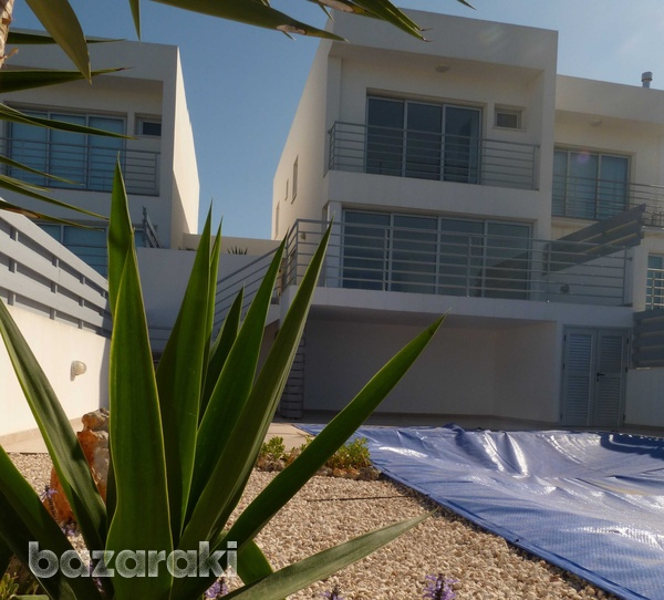 Brand new 4 bedroom and 3 bathroom villa with sea views and title deeds-9