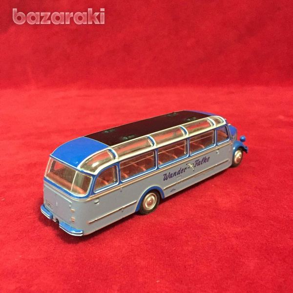 Borgward bo 4000 bus 1/72-7