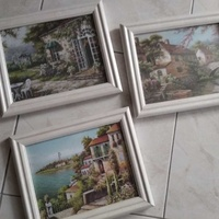 Set of wall pictures
