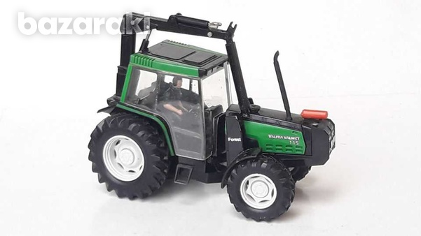 Vintage collectible rare britains 1997 macau diecast model tractor val-1
