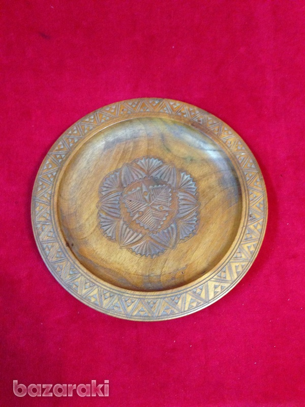 Wooden display plate-1