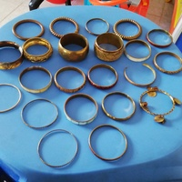 Bracelets in excellent condition-bundle