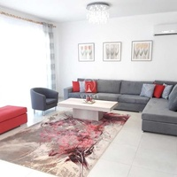 Four bedroom detached house in universal area