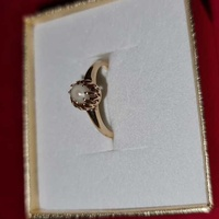 A vintage 14k gold single pearl ring
