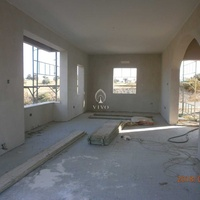 House under constuction in maroni