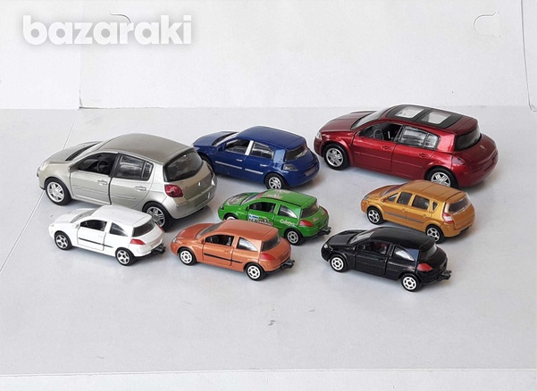 Collection of 8pcs renault diecast model cars in different scales-3