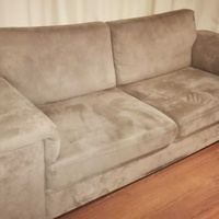 High quality three seaters sofa. deep soft.