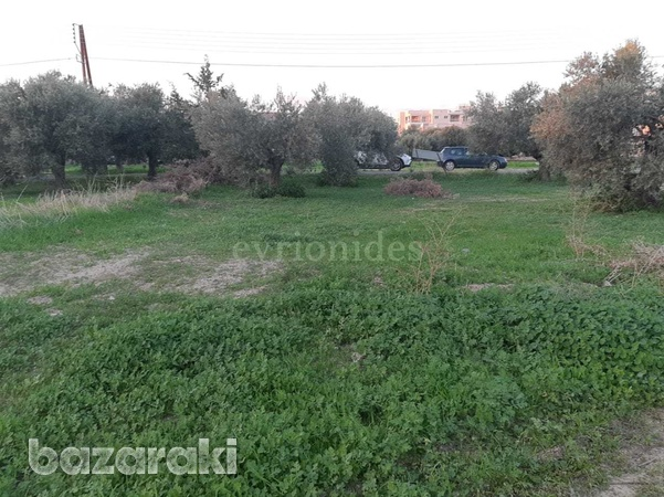 Residential land in ypsonas area-2