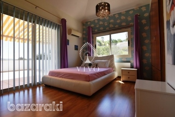 Fully furnished villa of 5 bedrooms with pool on the hills of pyrgos-14