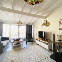 4+1 bedroom house in a quite detached complex moutayaka