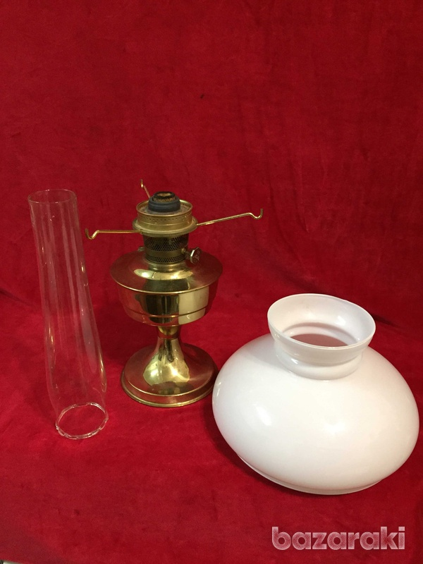 Victorian brass aladdin oil lamp-3