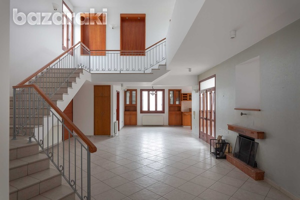 Luxurious independent 5 bedrooms house in nicosia-4