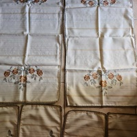 Two table runners and four small table cloths