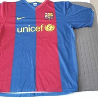 Barcelona football jersey home tshirt large 2007