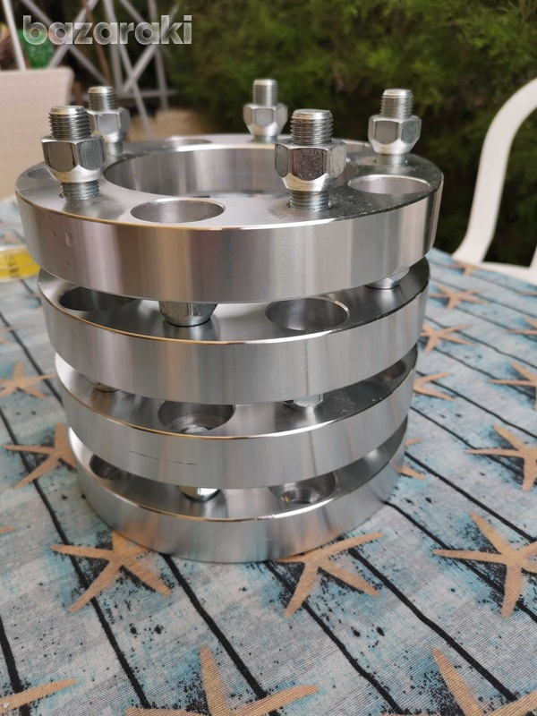 Brand new spacers for land rovers and other 4x4s defender series-1