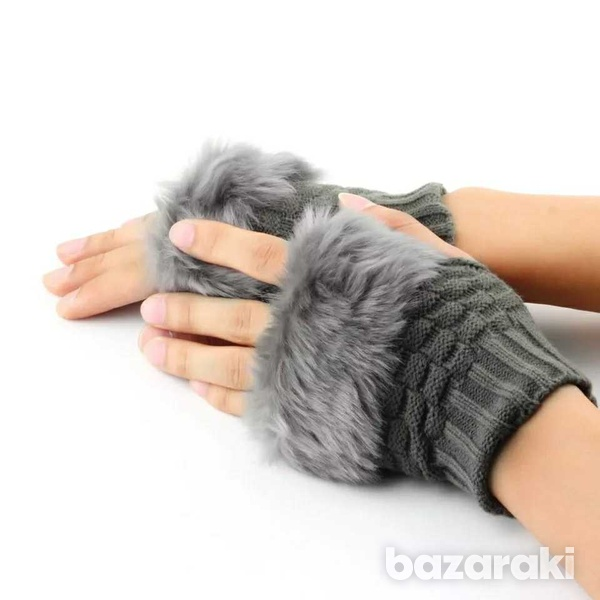 Knitted women's gloves-1