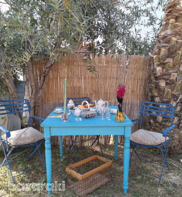 Traditional cypriot table.-2