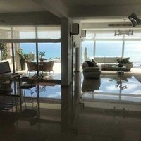5 bedroom villa with sea view and private pool in ayios tychonas