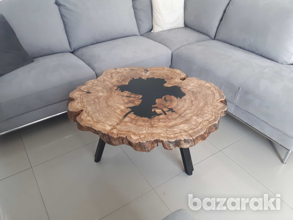 Coffee table with olive wood and dark epoxy-1