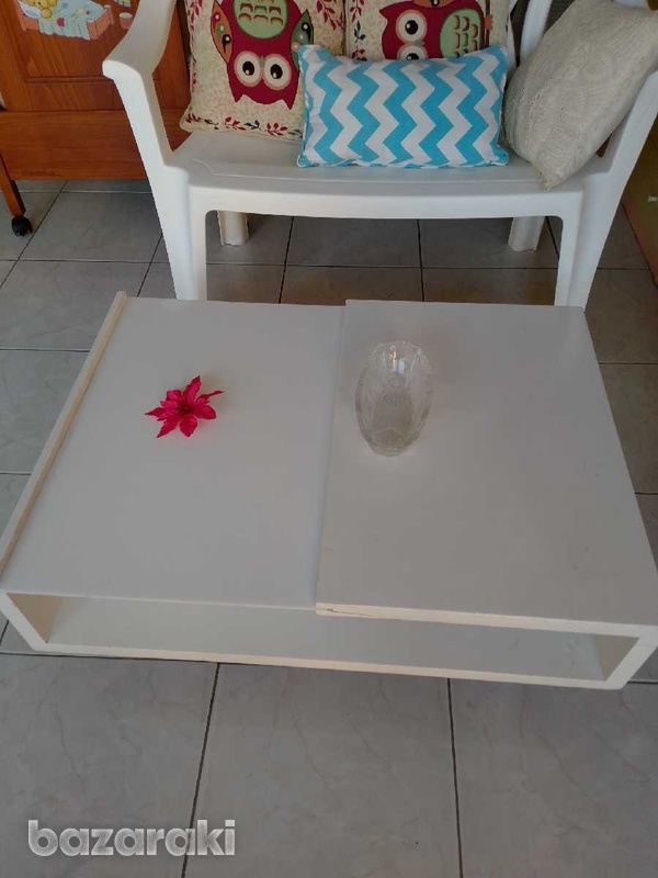 Coffee table with adjustable feets 90x65 excellent condition like new.-2