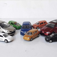 Collection of 8pcs renault diecast model cars in different scales