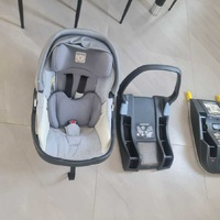 Car seat with 2 base peg perego. 1 with isox & 1 with belt and a mirror
