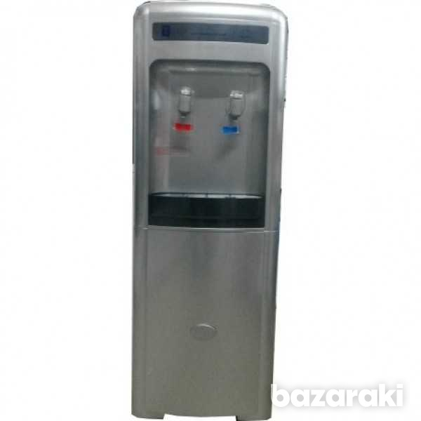 Tredia water dispenser with 2 taps, silver color