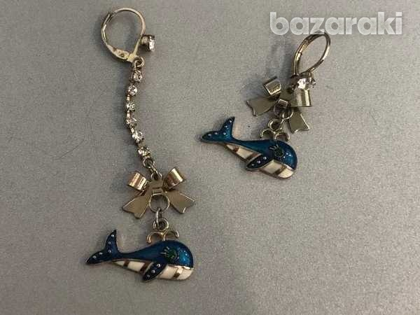 Set of mismatched dangle earrings-3