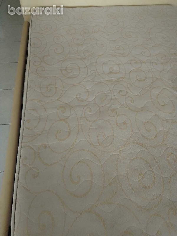 Mattress 150x200x21 in excellent condition like brand new.-3