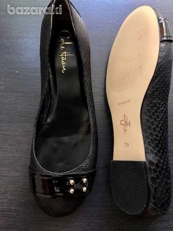 New cole haan flat shoes size 7b-1