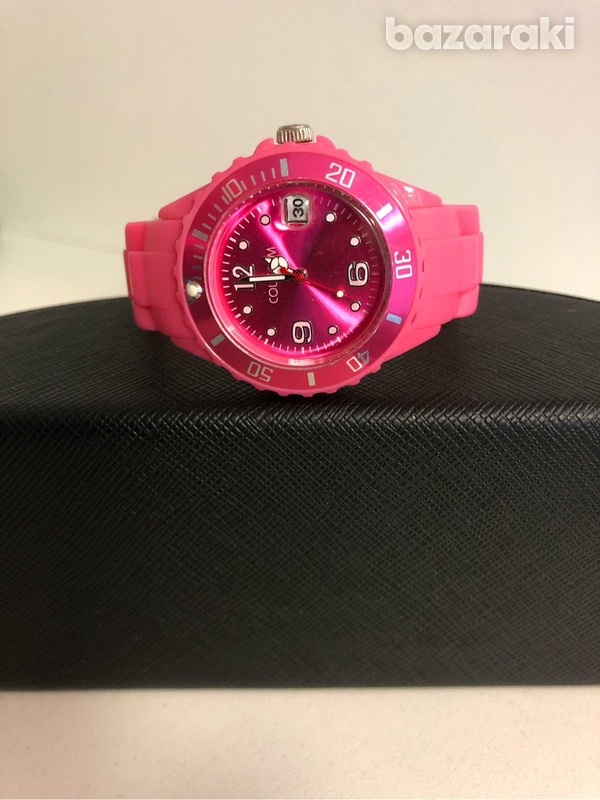 Very stylish watch for a young lady-1